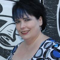 Lynne Hansen Square